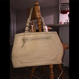 Coach LG Leather Shoulder Bag/Tote